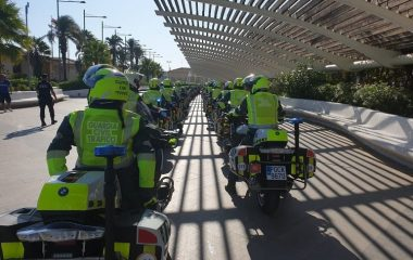 La Unidad de Movilidad y Seguridad Vial de la Guardia Civil en la Vuelta ciclista a España 2021 recorre las carreteras asturianas.
