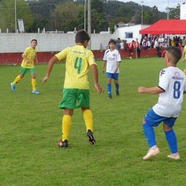 La SD Narcea Campeón del Torneo Alevín Memorial Alberto y Roberto organizado por el Navia CF