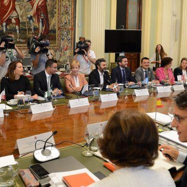 El Principado pide que el nuevo plan estratégico nacional de la PAC valore la singularidad de las explotaciones agroganaderas asturianas