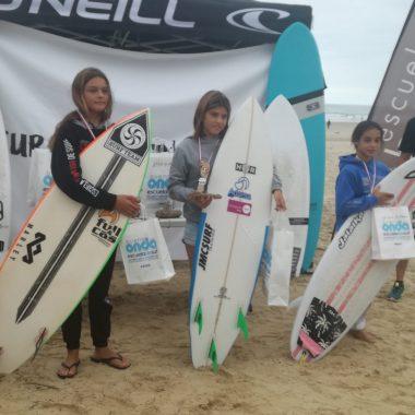Kenia López, Campeona Sub-12 del Circuito Cántabro Junior de Surf
