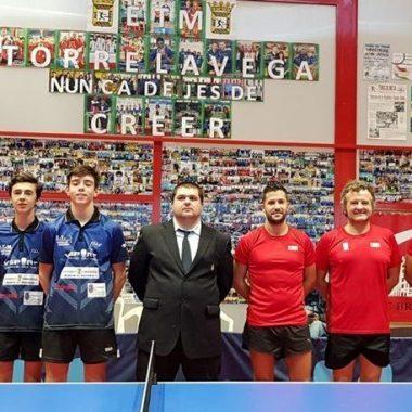 El Luarca Tenis Mesa gana uno de los dos partidos jugados en Cantabria