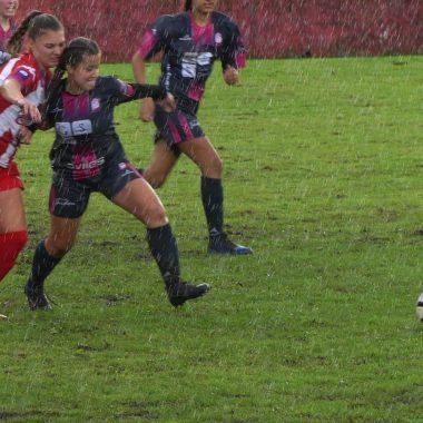El Navia CF Femenino vence por 7-0 al Femiastur