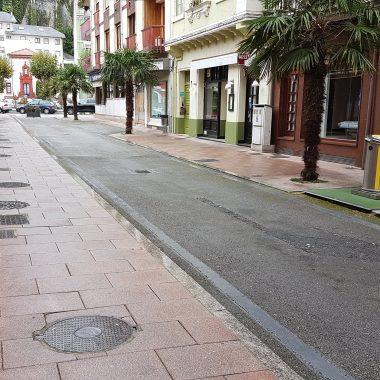 El PP de Valdés pide que la calle Aurelio Martínez (Luarca) vuelva a estar abierta al tráfico rodado