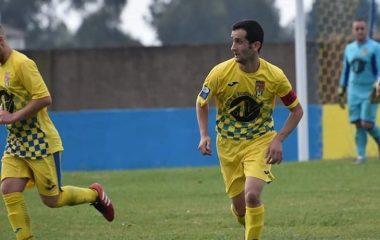 Triunfo de la UD Castros en Grado ante el Mosconia B (0-1)