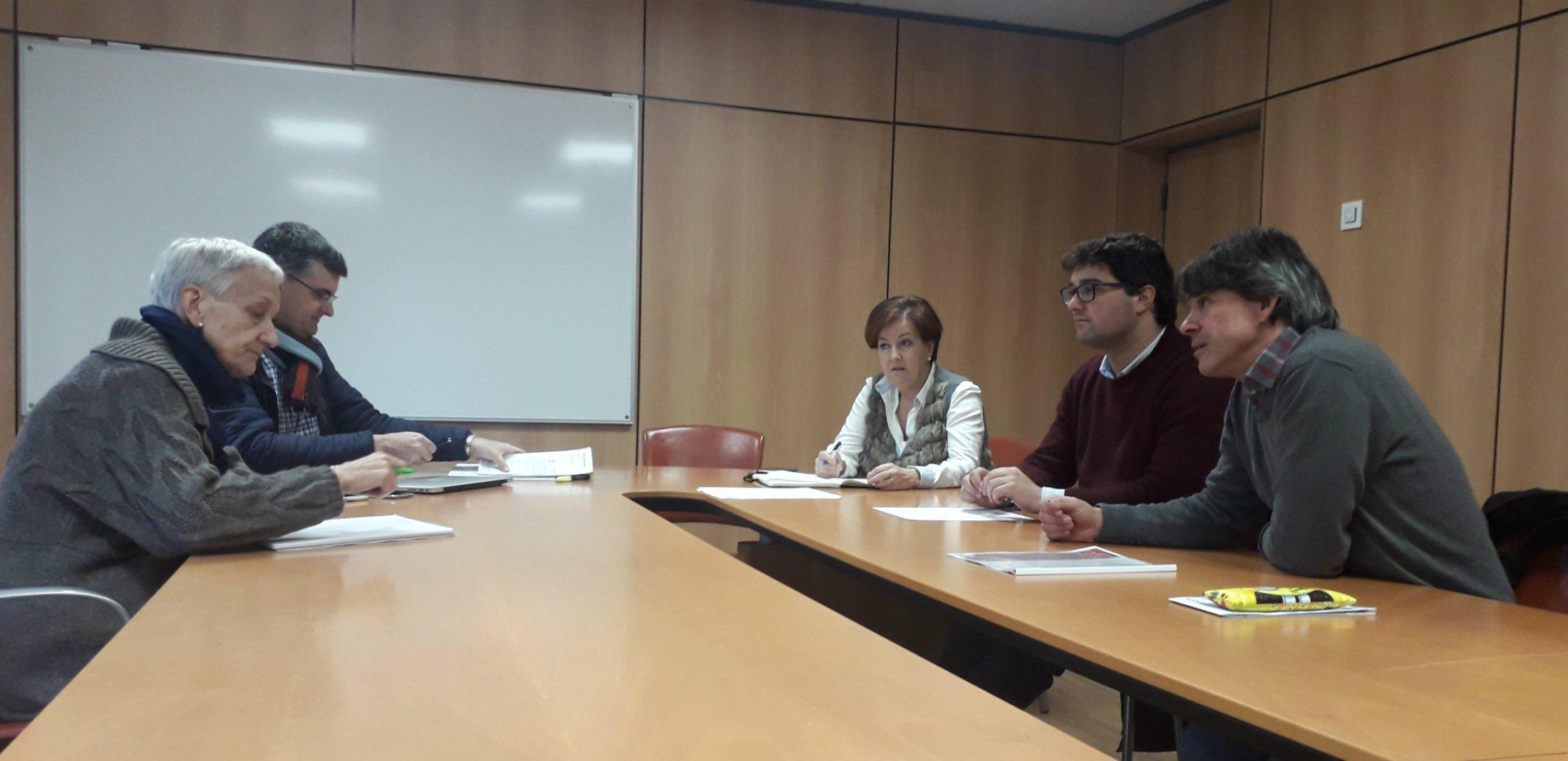 """Óscar Pérez, alcalde de Valdés: """"queremos ampliar las plazas de la educación de cero a tres años"""""""