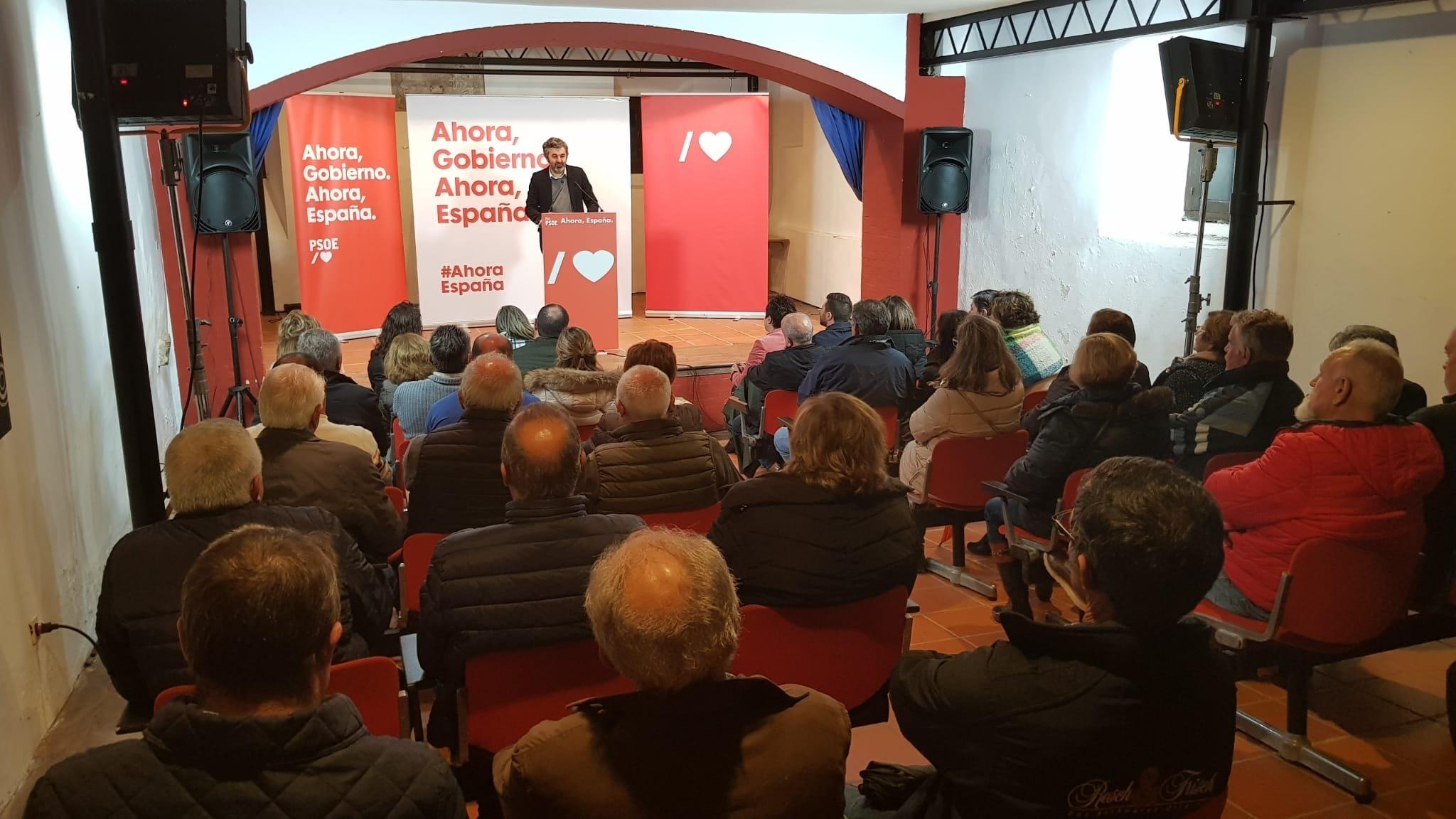 """Alejandro Calvo, consejero Desarrollo Rural: """"estamos buscando formas de apoyar al ganadero que sufre el daño mediante ayudas directas preventivas"""""""