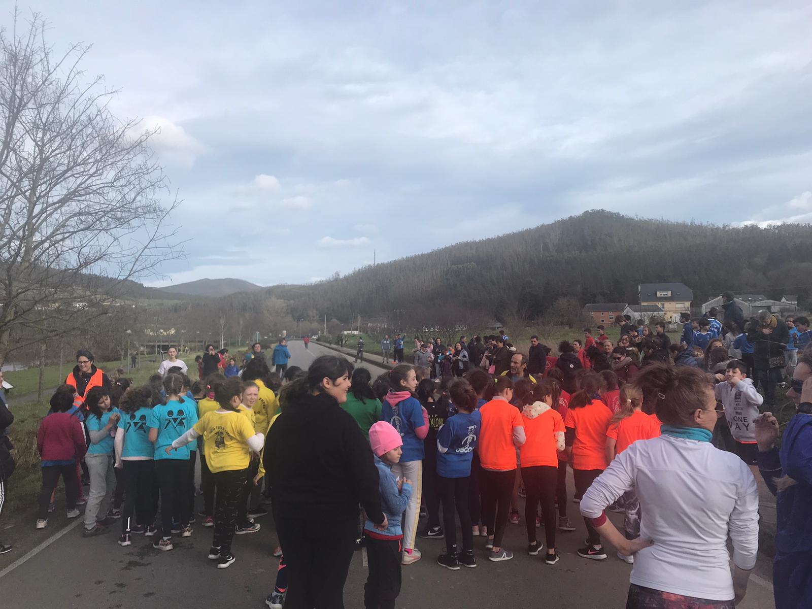 San Tirso de Abres acogió la 3ª Prueba Comarcal de Campo a Través de los Juegos Deportivos