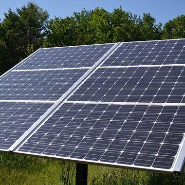 As instalacióis fotovoltáicas, tamén de interés pá instalacióis ganaderas