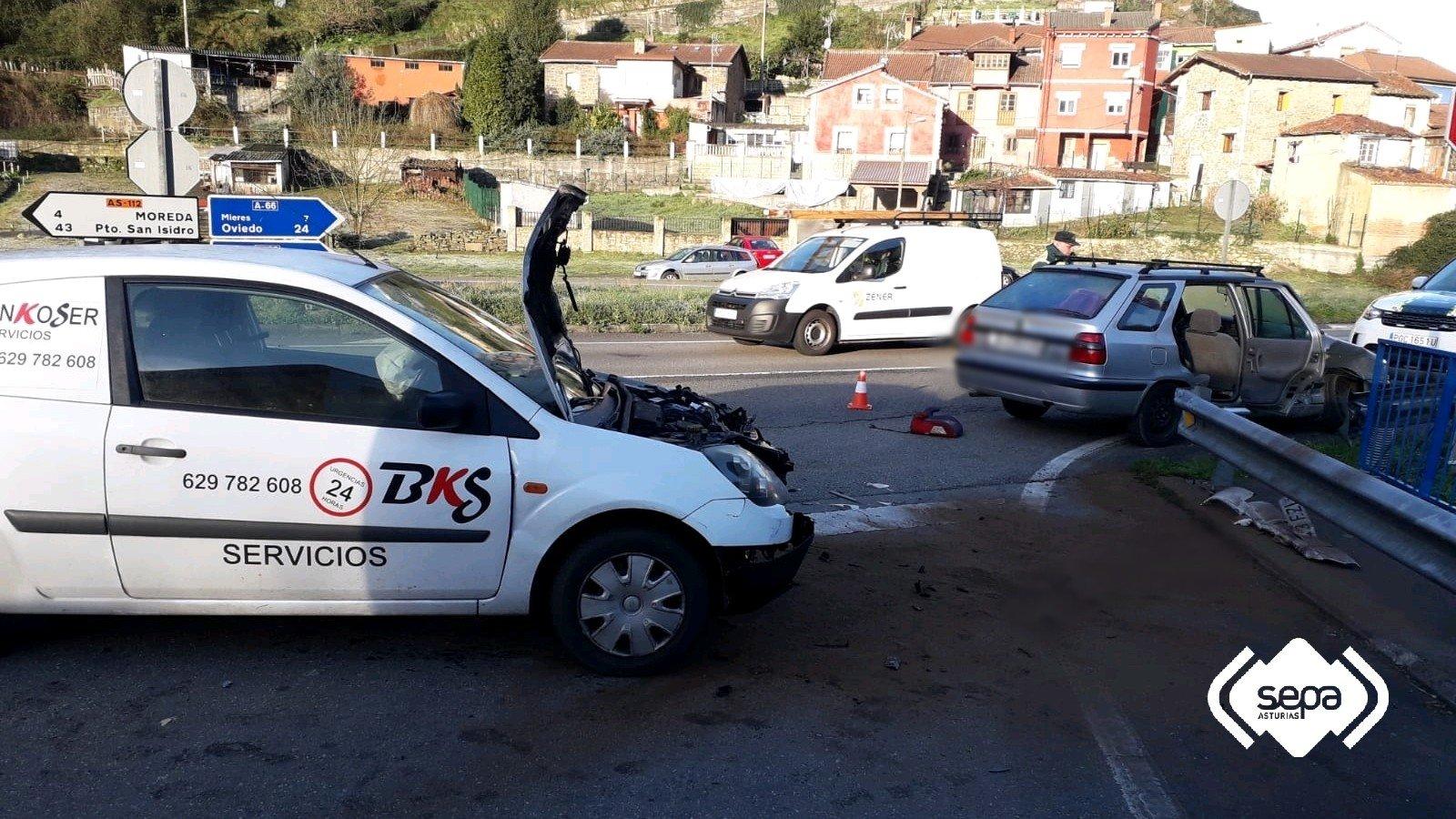 Cinco Heridos en un accidente de Tráfico en Mieres