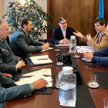 Delegación del Gobierno en Asturias coordina el control y comercialización de la campaña de la xarda (caballa)