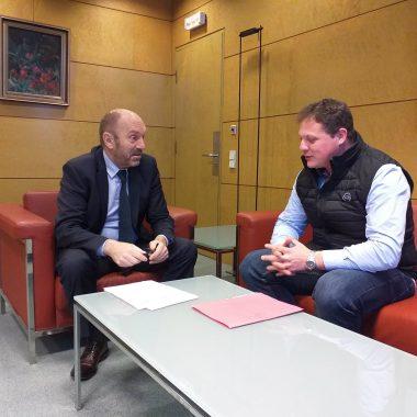 Villanueva de Oscos solicita ayuda del Principado para terminar la segunda fase del aparcamiento municipal