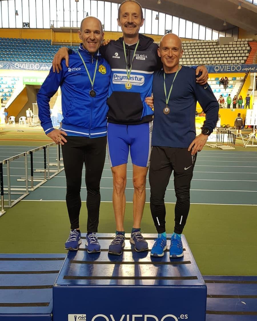 Dos oros para el atleta de Illano Javier Barcia en el Regional Máster de Pista Cubierta