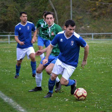 El Real Tapia suma una nueva victoria ante el Juvencia (3-2)