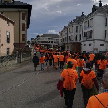 Más de 700 participantes en la Marcha Solidaria de El Franco en favor de la Asociación Galbán