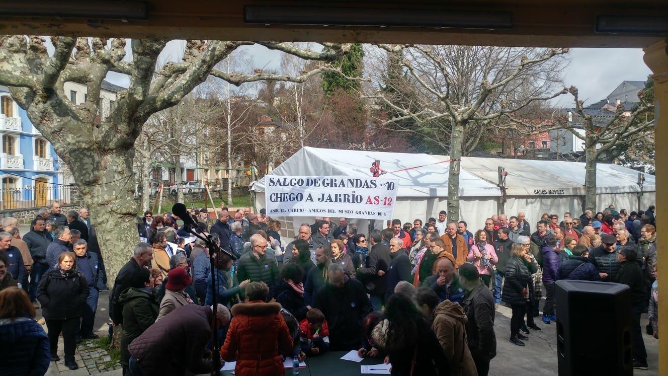 La Plataforma Valles del Navia iniciará una campaña de recogida de firmas