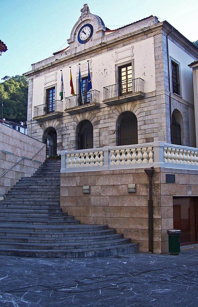 El ayuntamiento de Cudillero, al tanto de las necesidades básicas de las personas más vulnerables