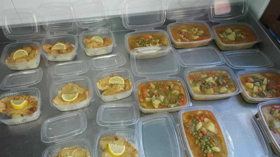 El ayuntamiento de Villayón elabora comidas para varios domicilios de personas dependientes