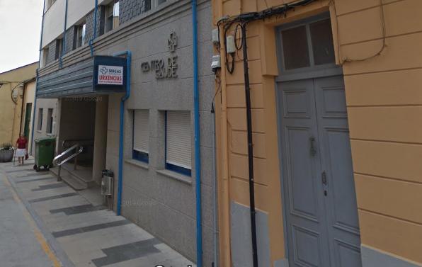 El ayuntamiento de Ribadeo exige a la Xunta la recuperación de todas las plazas perdidas en el Centro de Salud