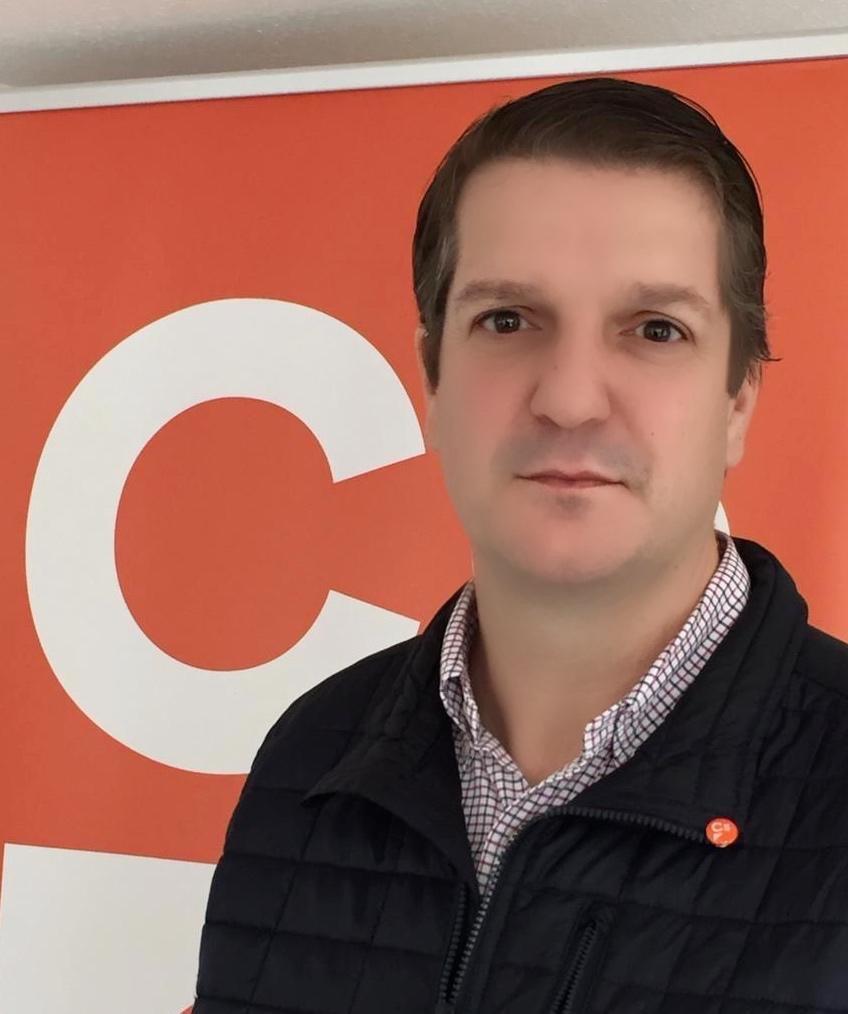 Ciudadanos Valdés, preocupado por la externalización de servicios en el CAI de Canero