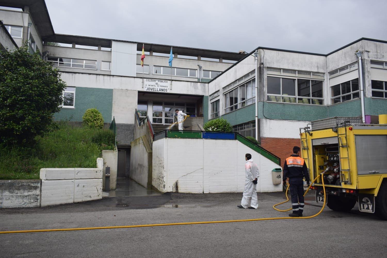 """Borja González (Agrupación Voluntarios Protección Civil Vegadeo): """"durante el confinamiento hemos estado trabajando mañana y tarde"""""""