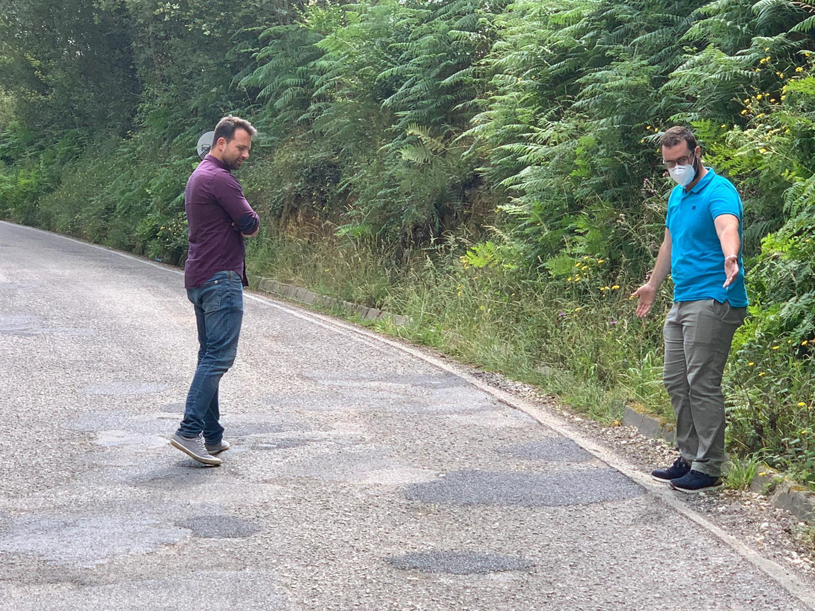 El PP pide al Principado la reparación de las carreteras AS-23 y TC-5 en Tapia de Casariego