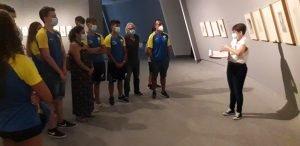 Cultura despide la cuarta edición del programa Paideia, dirigido a deportistas de alto rendimiento, con una visita a las exposiciones del Centro Niemeyer