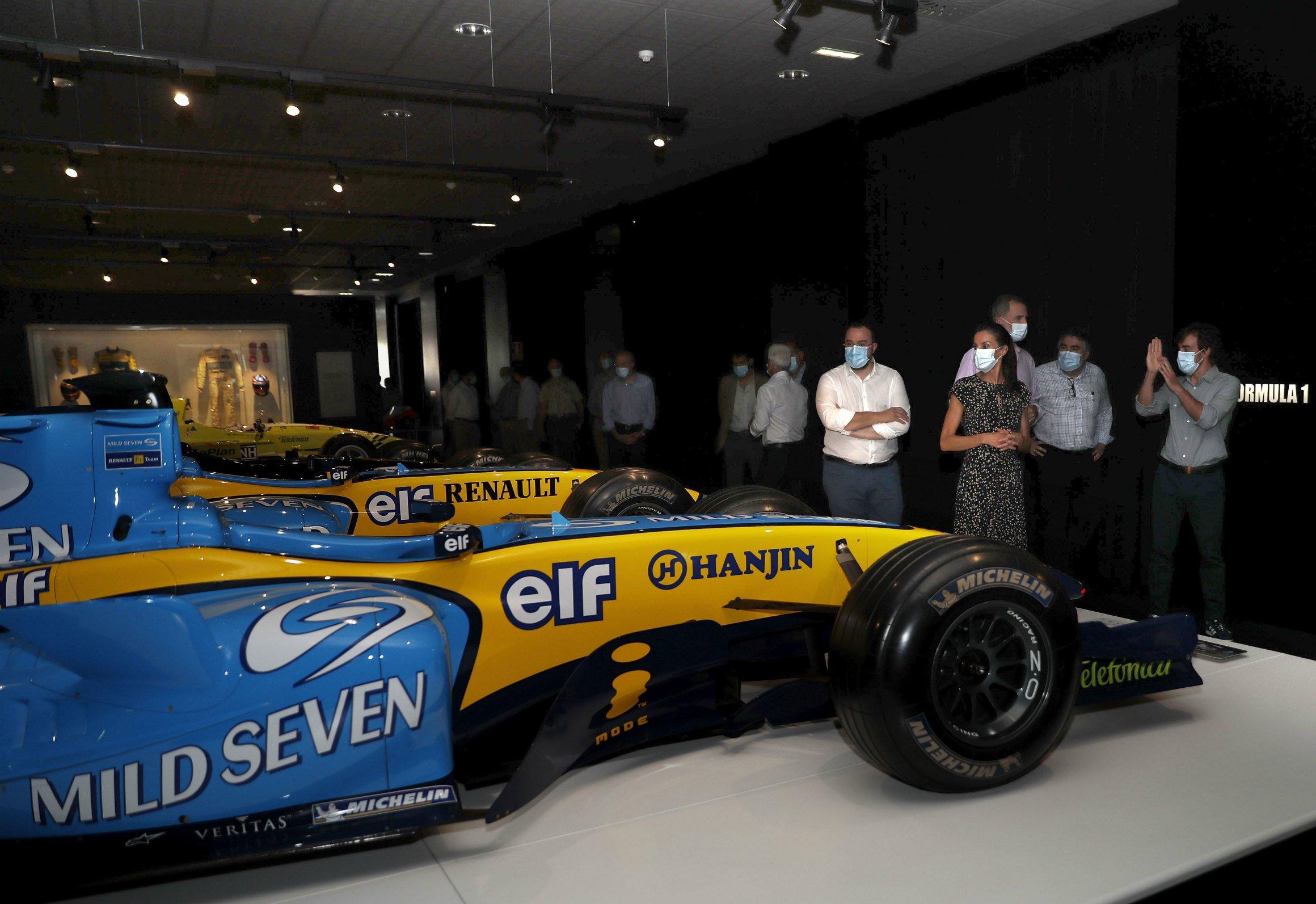 Los Reyes de España visitaron esta tarde el Complejo Deportivo Fernando Alonso