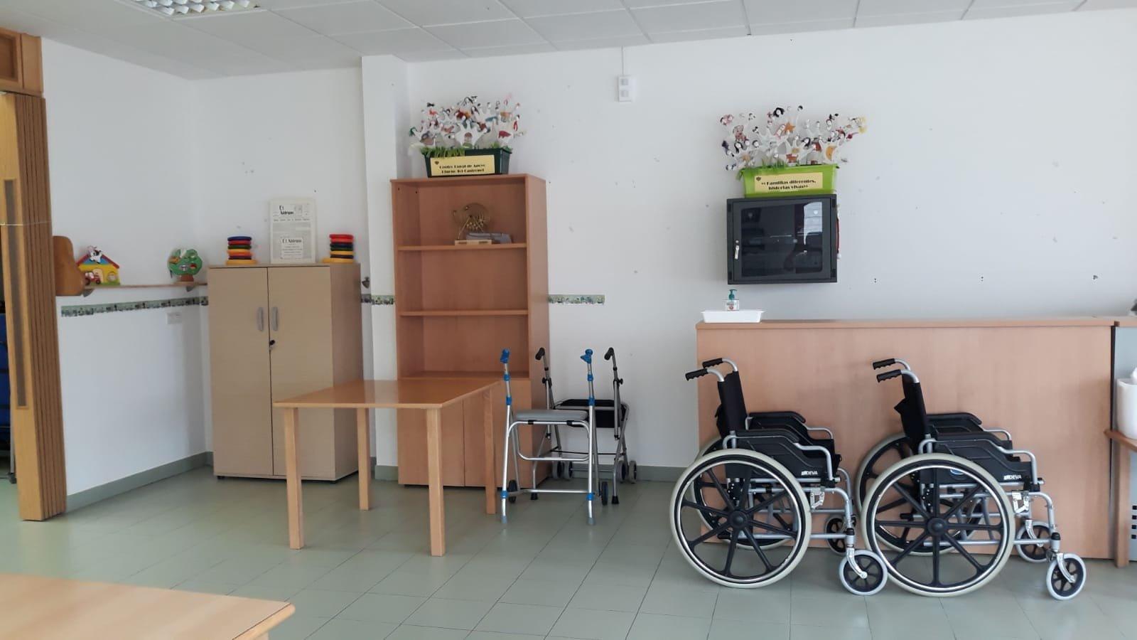 Reabre el Centro Rural de Apoyo Diurno de Tol, no así el Centro Social de Figueras (Castropol)