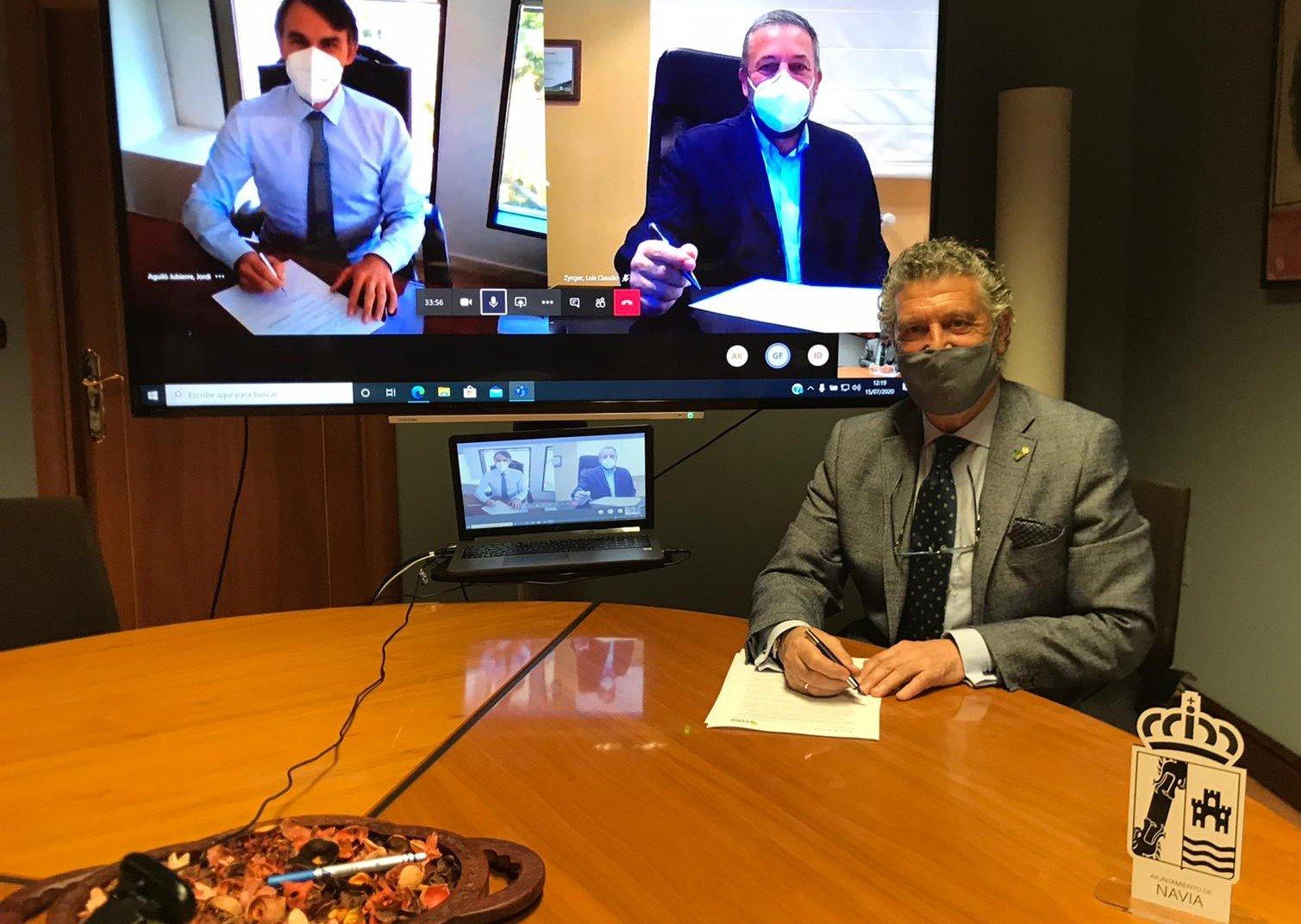 Ence y el Ayuntamiento de Navia renuevan su Convenio de Colaboración