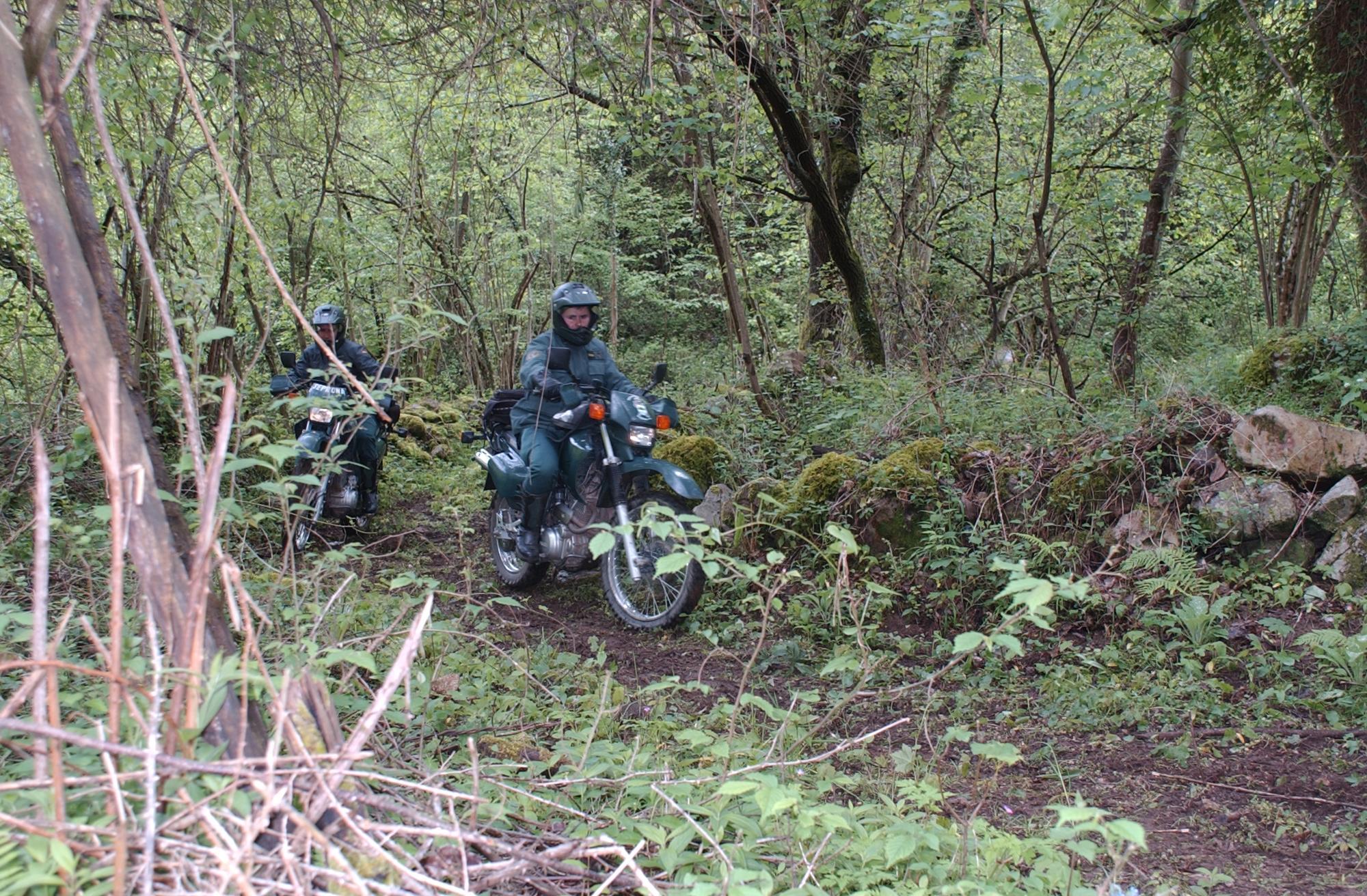 La Guardia Civil rescata a una mujer desorientada en Villanueva de Oscos y localiza a otra mujer desaparecida de avanzada edad en La Foz de Morcín.