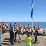 La Bandera Azul ondea en la playa de As Catedrais