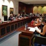 El Psoe de Valdés saca adelante el Presupuesto 2021, que han apoyado los 2 concejales no adscritos