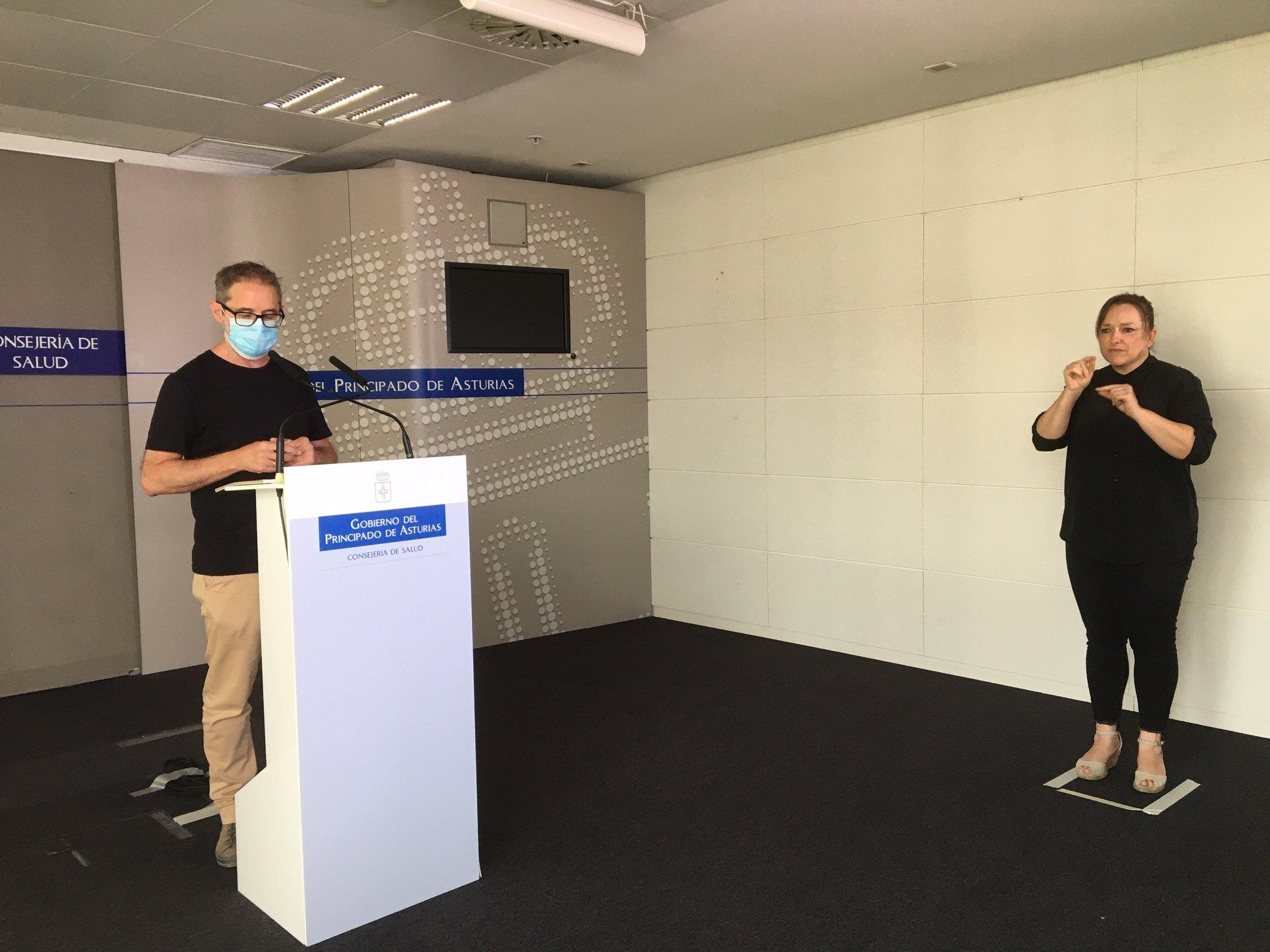Salud notifica 26 positivos y confirma dos brotes por coronavirus en un local de ocio de Gijón y una empresa de Siero