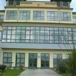 La residencia de mayores Villamil-Serantes recupera la normalidad tras dar negativo la única persona afectada