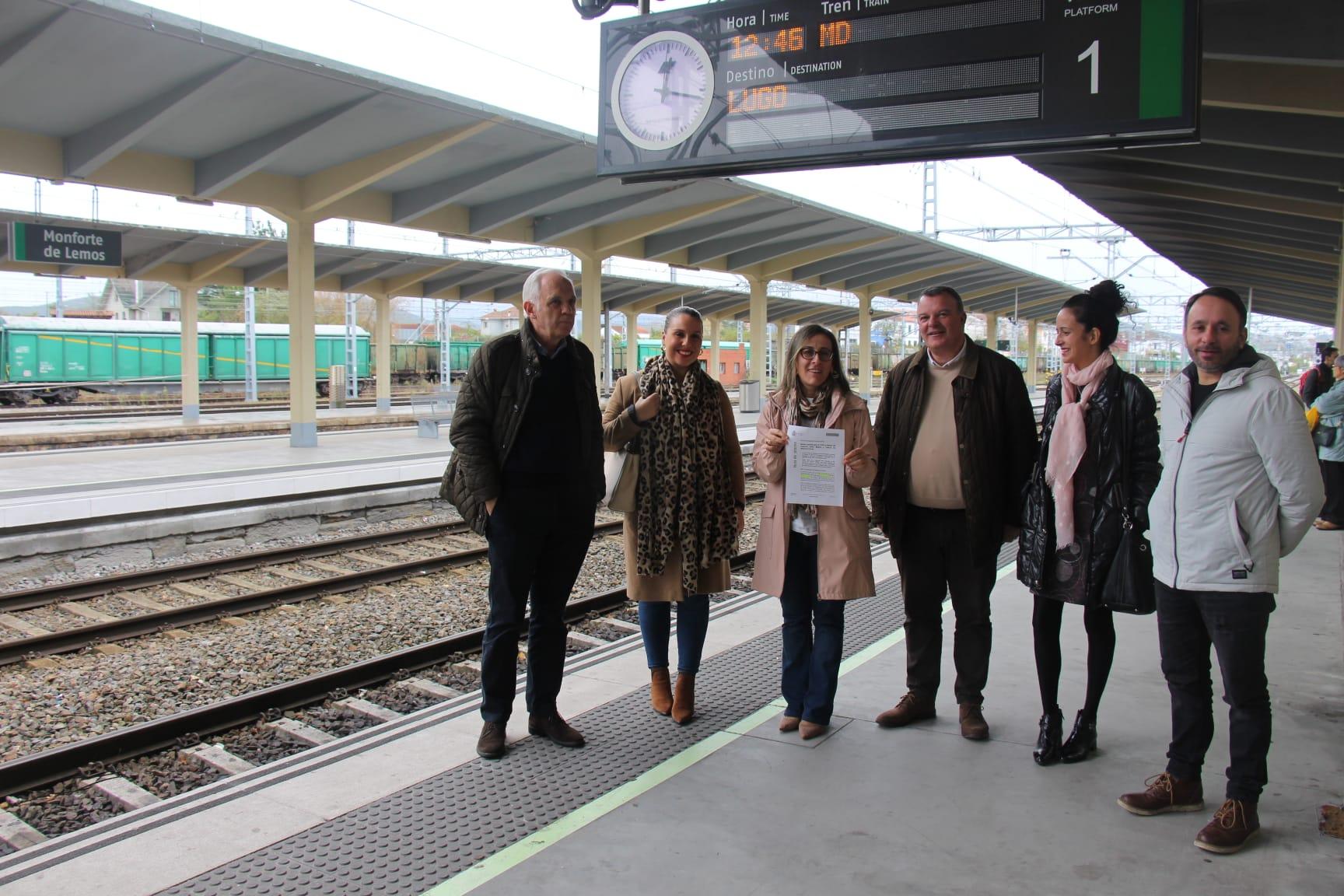 Los senadores del PP por Lugo reclaman el restablecimiento de las líneas de ferrocarril
