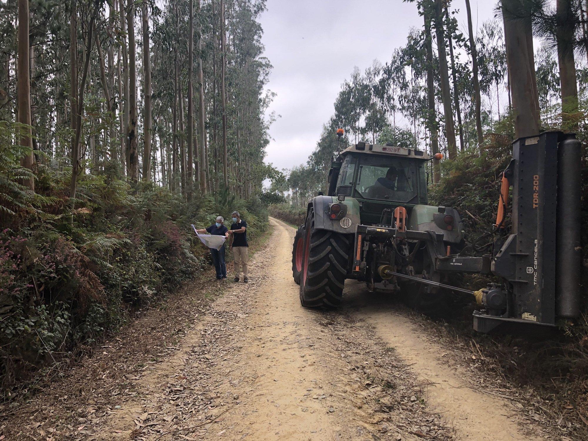 A punto de terminar las obras de prevención de incendios forestales en Ribadeo