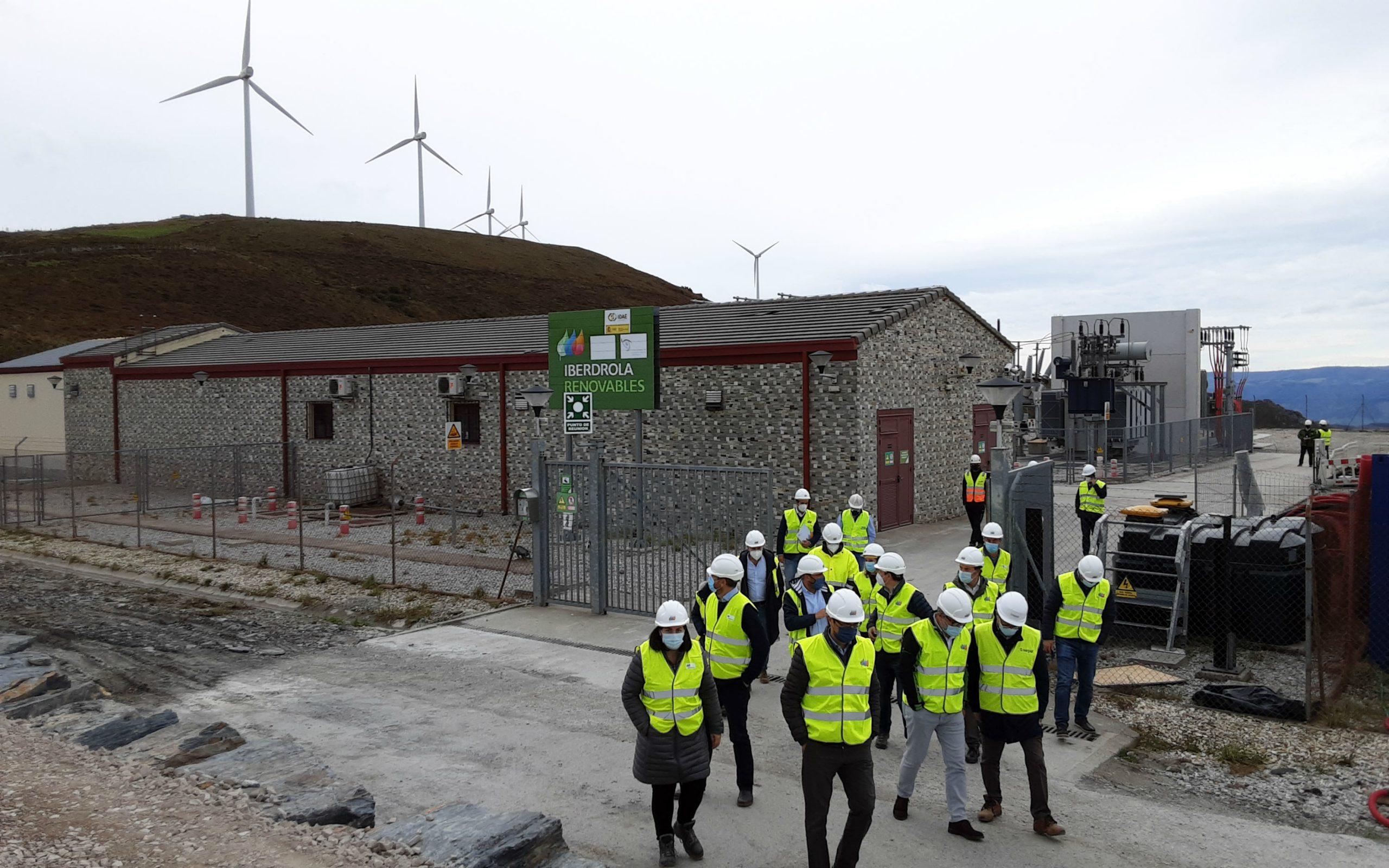 """""""La producción de energía prevista (en los 4 parques eólicos de Iberdrola en Occidente) equivaldrá a la electricidad consumida por 104.000 hogares"""""""