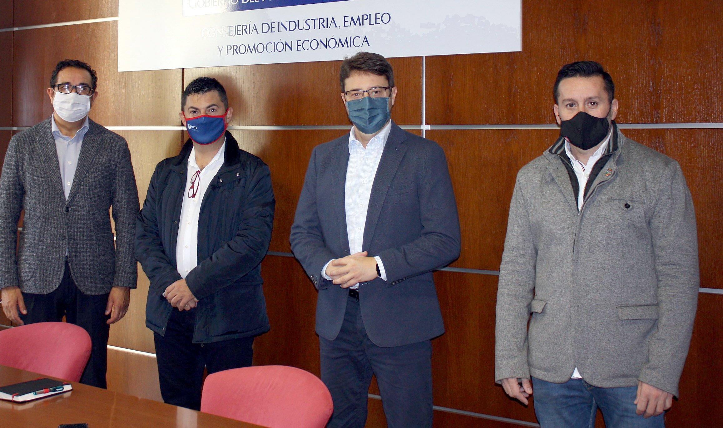 Reunión Consejero Industria UGT y UPTA