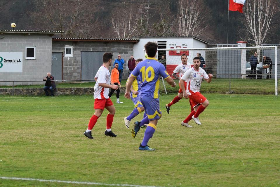 Podemos Asturies pide al Gobierno asturiano que recapacite y aplace el inicio de las ligas de fútbol no profesional, como consecuencia de la expansión de la pandemia