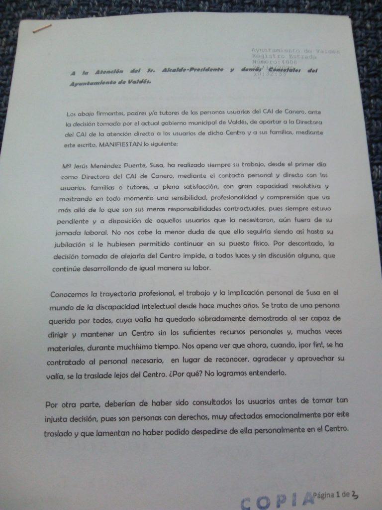 """Familias y usuarios/as del CAI de Canero (Valdés), disconformes con el traslado """"lejos del centro"""" de la directora del mismo"""