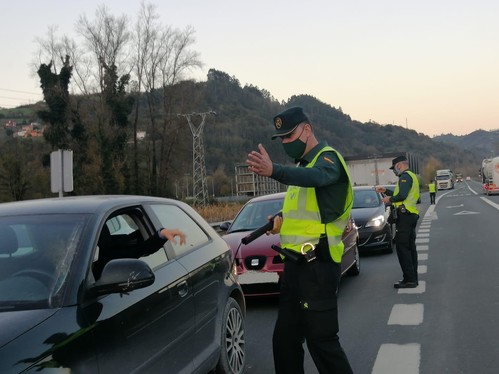 Policía Nacional y Guardia Civil levantaron 354 propuestas de sanción durante las fiestas navideñas
