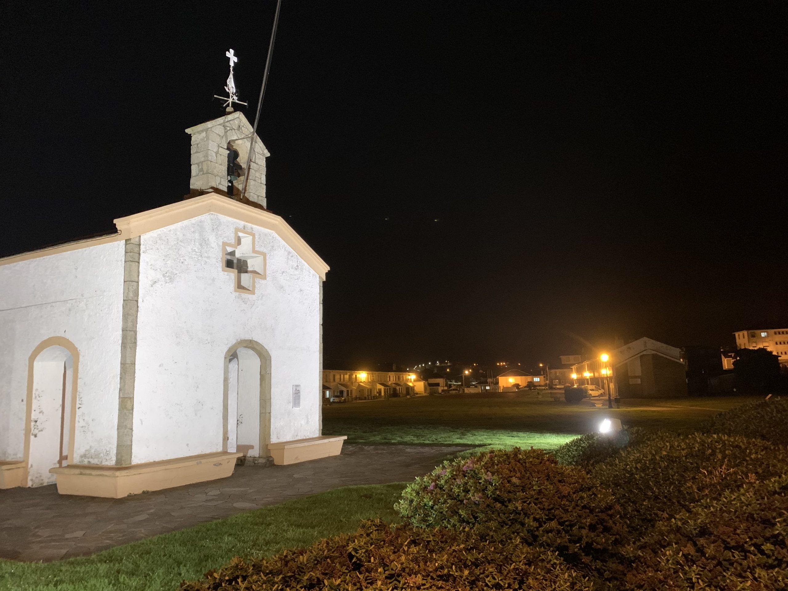 El ayuntamiento de Navia apuesta por construir una senda peatonal en el Campo de la Atalaya (Puerto de Vega)