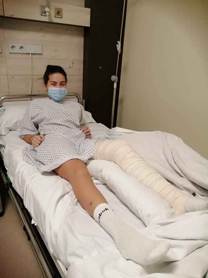 La jugadora junior del CB Navia Raquel Blanco evoluciona favorablemente tras ser operada de una rotura de ligamento cruzado