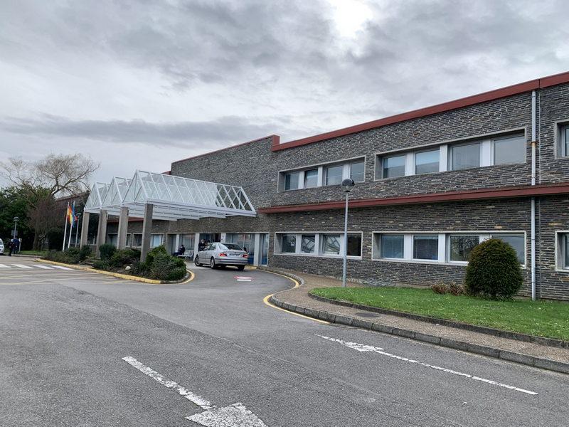 La Gerente del Hospital de Jarrio tranquiliza a la población del Área Sanitaria