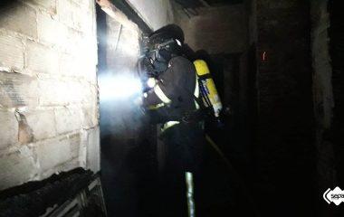 Dos Heridos Graves en un Incendio Urbano en Ribadesella, uno de ellos fue trasladado a Madrid