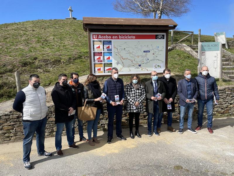 Presentación en Cangas del Narcea de las nuevas Rutas Ciclistas hasta el Alto del Acebo