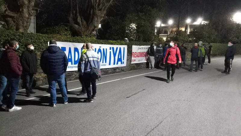 Segunda jornada de huelga en Reny Picot (Anleo, Navia)