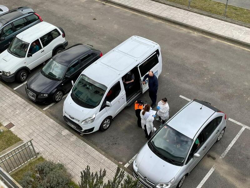 Las asociaciones vecinales siguen pidiendo que se mantenga abierto el Autovac de Trevías (Valdés)