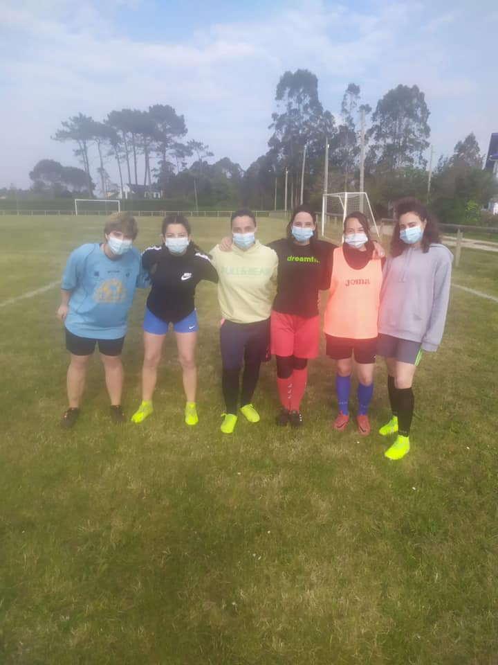 Dieron comienzo los entrenamientos de La Caridad CF Femenino
