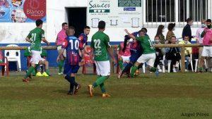 Victoria del Andés en el derbi local ante el Puerto de Vega (2-0)